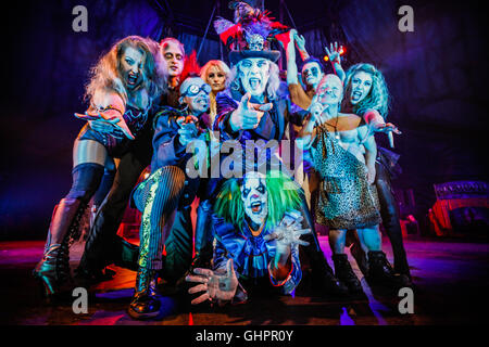Circus of Horrors cast: key performers from the hit show, The Circus of Horrors during their 2015 touring show 'CarnEvil'. - Stock Photo