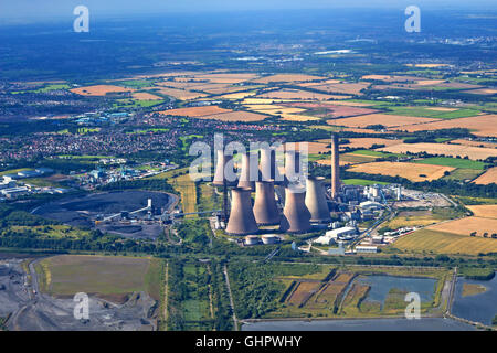 Aerial view of Fiddlers Ferry power station - Stock Photo