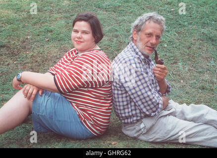 Anja & Anton - Anja (NADINE WRIETZ) und Anton (MICHAEL ALTMANN) leben in einem alten Wasserwerk am Rande Berlins. - Stock Photo