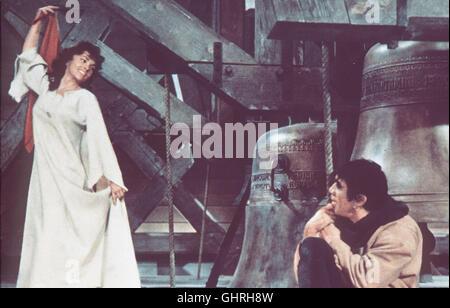 DER GLÖCKNER VON NOTRE-DAME Notre-Dame de Paris F 1956 - Jean Delannoy Quasimodo, der Glöckner von Notre-Dame (ANTHONY - Stock Photo