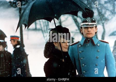 Ludwig II. (HELMUT BERGER) und Elisabeth von Österreich (ROMY SCHNEIDER). Regie: Luchino Visconti aka. Le Crepuscule - Stock Photo