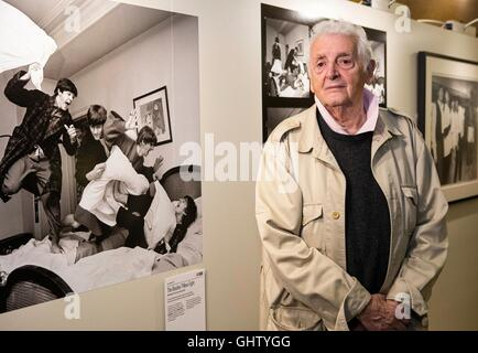 Edinburgh, UK. 11th Aug, 2016. Scottish photographer, Harry Benson attends the launch of his exhibition, Seeing - Stock Photo