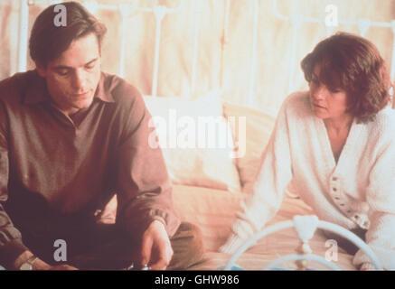 DIE UNZERTRENNLICHEN-  KABEL 1 145 Die eineiigen Zwillinge Beverly und Elliot Mantle (beide gespielt von JEREMY - Stock Photo