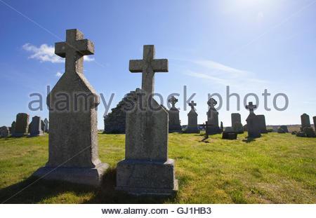 The Medieval Graveyard and Chapel of Baile Nan Cailleach at Nunton, Benbecula, Outer Hebrides.  Scotland. - Stock Photo