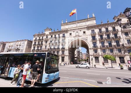 Office of spanish bank banco de espa a in barcelona city for Banco santander sucursales barcelona