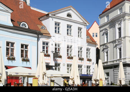 Medieval merchant houses ring Town Hall Square, Raekoja Plats, in the Old Town of Tallinn. Karl Friedrich restaurant - Stock Photo