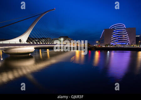 Dublin at Night, The Samuel Beckett Bridge over the river Liffey - Stock Photo