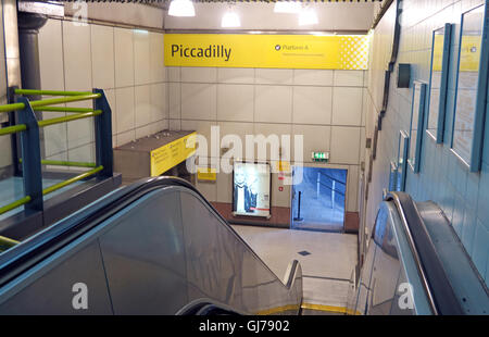 Piccadilly Metrolink station, Manchester,  North West England, UK M1 2QF - Stock Photo