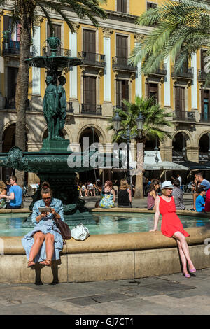 Fountain in Plaza Real or Plaza Real, Barrio Gotico, Barcelona, Catalonia, Spain - Stock Photo