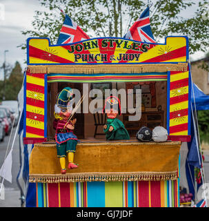 how to make a punch and judy booth