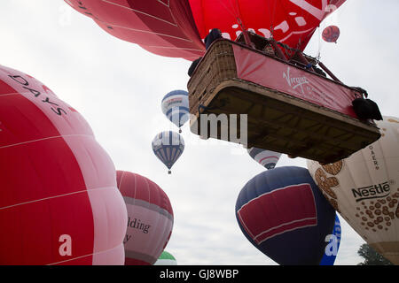 Bristol, UK. 14th Aug, 2016. Virgin takes part in the Bristol International Balloon Fiesta early morning flights - Stock Photo