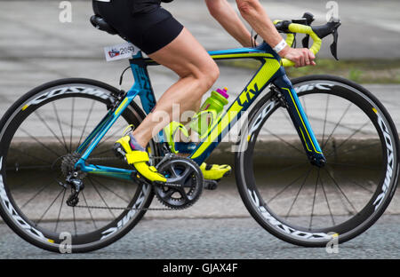 LIV road bike, carbon fibre bicycle frames, monocoque, composite bike frame; Cyclists at the 2016 British Elite - Stock Photo