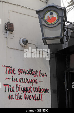 Circus Tavern, Portland Street,Manchester, North West England, UK, M1 4GX - Stock Photo