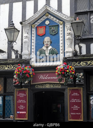Shakespeare historic pub, 16 Fountain St, City Centre, Manchester M2 2AA - Stock Photo