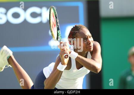 Rio de Janeiro, Brazil. 14th Aug, 2016. Venus Williams in the Olympic Tennis Mixed Doubles final in Rio de Janeiro. - Stock Photo