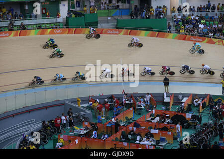 Rio de Janeiro, Brazil. 14th Aug, 2016. 2016 Summer Olympic games, velodrome. Omnium during the racing Credit:  - Stock Photo