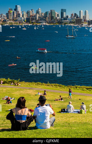 Lake Union and downtown skyline seen from Gas Works Park, Seattle, Washington, USA - Stock Photo