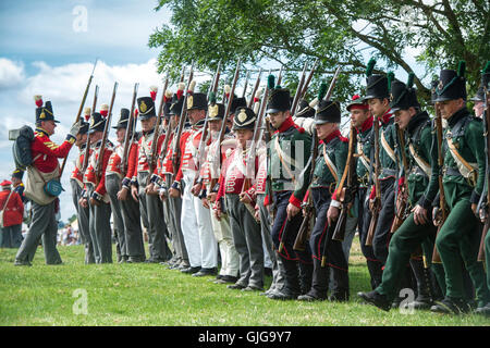 Coldstream Regiment of Foot Guards and 95th Rifles on the battlefield of a Napoleonic war reenactment. Spetchley - Stock Photo