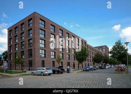 Berlin-Adlershof, Germany. 16th Aug, 2016. The Medienfenster building, containing 153 small apartments designed - Stock Photo