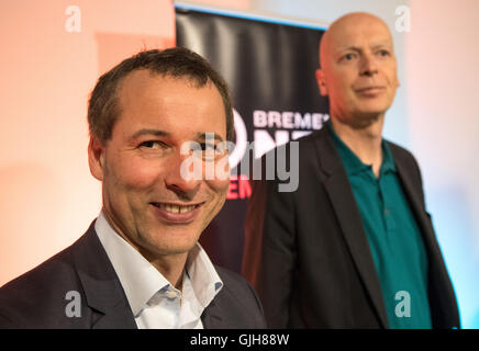 Bremen, Germany. 17th Aug, 2016. Helge Haas, director of young services (r), and programme director Jan Weyrauch - Stock Photo