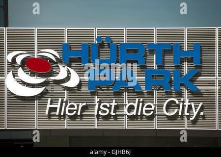 Deutschland, Nordrhein-Westfalen, Kreis Bergheim, Hürth, Einkaufszentrum Hürth-Park - Stock Photo