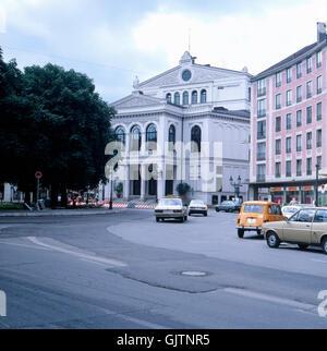 München, 1985. Isarvorstadt, Staatstheater am Gärtnerplatz, genannt Gärtnerplatztheater (Gaertnerplatztheater). - Stock Photo