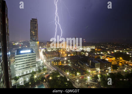 New Rochelle, New York, USA. 16th Aug, 2016. Lightning observed from New Rochelle, New York during the heavy rainfall - Stock Photo