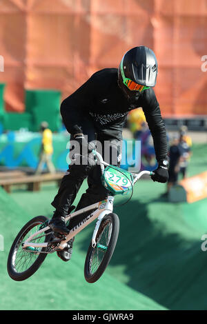 Rio de Janeiro, Brazil. 17th Aug, 2016. Mens BMX Competition. Trent Jones (NZL) © Action Plus Sports/Alamy Live - Stock Photo
