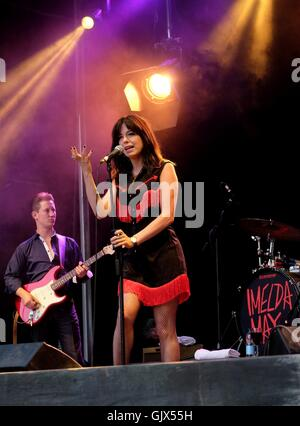Boomtown Fair Festival, 14th Aug 2016,  UK. Irish singer-songwriter Imelda May performing live at  Boomtown - Stock Photo