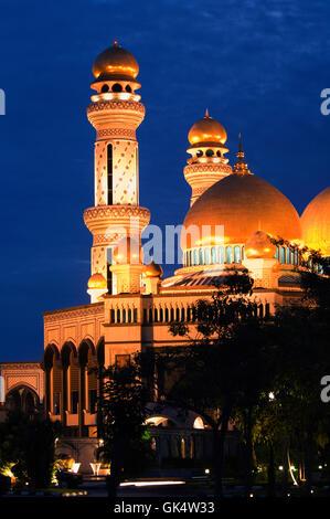1992, Brunei --- Jame'Asr Hassanil Bolkiah Mosque in Brunei --- Image by © Jeremy Horner - Stock Photo