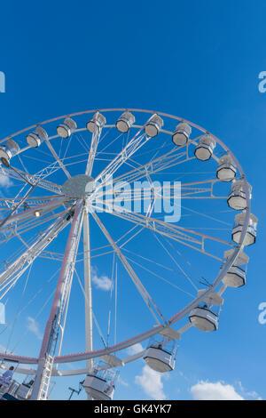 The annual Cardiff Bay Urban beach, Cardiff Bay, Wales PHILLIP ROBERTS - Stock Photo