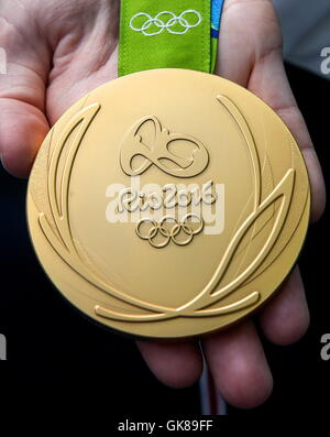 Rio De Janeiro, Brazil. 19th Aug, 2016. A Gold medal at the 2016 Summer Olympic Games. Credit:  Valery Sharifulin/TASS/Alamy Live News