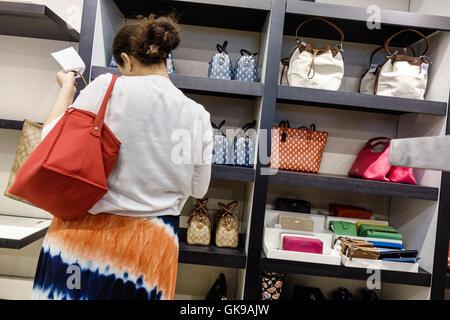 coach at premium outlets j2ie  Florida Ellenton Ellenton Premium Outlets mall shopping center business  retail Coach outlet store women's handbags