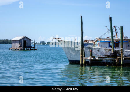 Florida gulf of mexico cortez historic fishing village for Mexican gulf fishing company