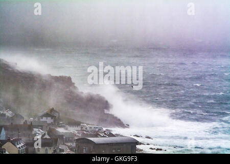 Sennen, Cornwall, UK. 20th August 2016. UK Weather. Strong winds and heavy showers continue to hit the north Cornwall - Stock Photo