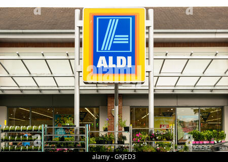The exterior front of an aldi food market a chain for Aldi international cuisine