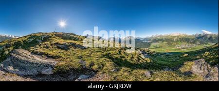 360 degree panorama view from Muottas Muragl towards Engadine Valley, Grisons, Switzerland | 360 Grad panorama Aussicht - Stock Photo