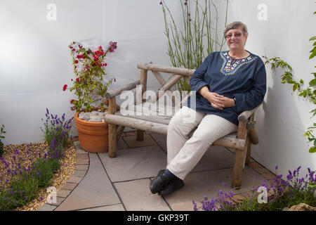 Southport, Merseyside, UK.  21st Aug, 2016.  Renowned horticulturist and TV celebrity gardener Christine Walkden, - Stock Photo