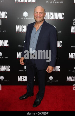 Hollywood, CA, USA. 22nd Aug, 2016. 22 August 2016 - Hollywood, California - Randy Couture. Premiere Of Summit Entertainment's - Stock Photo