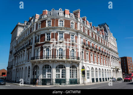 South Western House, a former hotel now housing residential apartments, Southampton, Hampshire, England, UK - Stock Photo