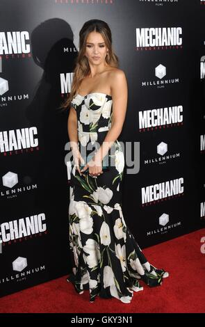 Hollywood, CA. 22nd Aug, 2016. Jessica Alba at arrivals for MECHANIC: RESURRECTION Premiere, Arclight Cinemas Hollywood, - Stock Photo