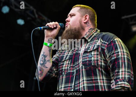 Rory Graham performing as Rag'n'Bone Man on the main stage at Beautiful Days Festival at Escott Park, Devon,UK. - Stock Photo