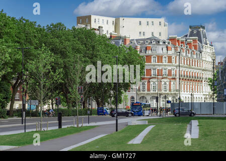 Southampton old town and South Western House - Stock Photo