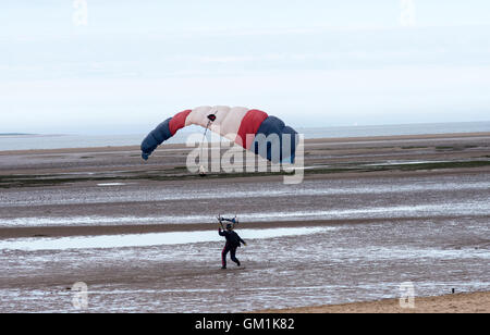 """Navy free-fall teamalso known as the """"Raiders"""" - consists of experienced parachutists - Stock Photo"""