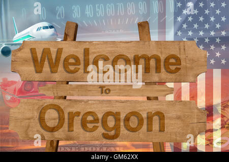Welcome to Oregon state in USA sign on wood, travell theme - Stock Photo