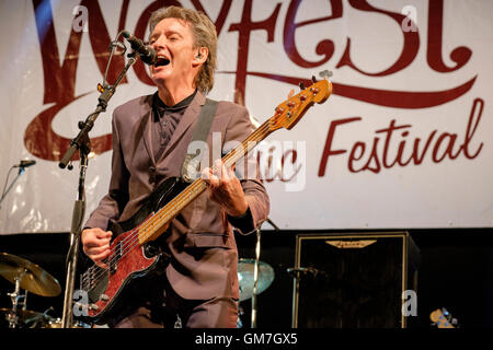 Bruce Foxton, From the Jam, peforming at Weyfest, Farnham, Surrey, UK. August 21, 2016. - Stock Photo