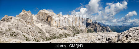 The Dolomites, Trentino, Italy. Summer view in the Pale di San Martino north from the vast central plateau (the - Stock Photo