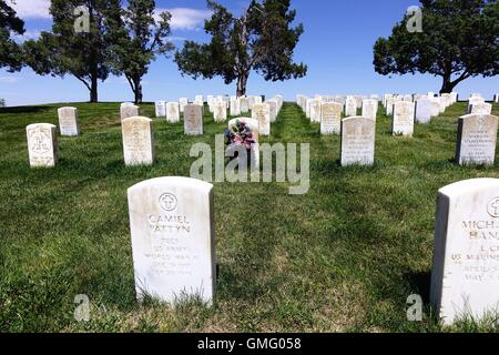 Military tombstones, Custer National Cemetery, Little Bighorn Battlefield National Monument, Montana - Stock Photo