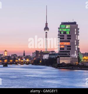 Skyline Berlin, River Spree, Media Spree, Skycraper Living Levels, Mercedes, Berlin - Stock Photo