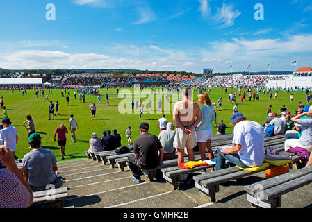 The crowd at Scarborough Cricket Club, North Marine Road, Scarborough, North Yorkshire UK - Stock Photo